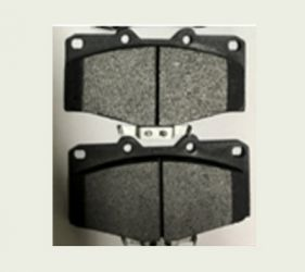 CERAMIC BRAKE PADS GOOD BRAKE PERFORMANCE